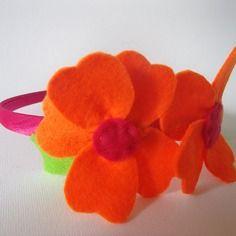 Cerchietto in raso con fiore in pannolenci bambina/donna fucsia, arancione