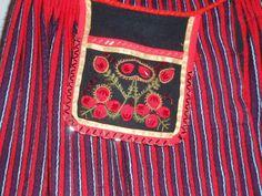 Lahttasku (belt bag or belt pocket) from Kärla, island Hiiumaa, West Estonia  KÄRLA RAHVAMAJA: Taskute näitus