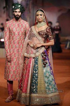 Sabyasachi Mukherjee during Textiles India 2017 curtain-raiser fashion show. Indian Bridal Outfits, Indian Bridal Lehenga, Indian Designer Outfits, Bridal Dresses, Dress Indian Style, Indian Dresses, Sabyasachi Collection, Anarkali, Churidar