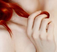 """""""Scientists think the 'ginger gene' responsible for red hair, fair skin and freckles, could be up to 100,000 years old."""" -- """"Evolutionary theory has long predicted this coloration (red hair/light skin). Dark skin offers no advantage at high latitudes, and in cloudy Europe, pale skin facilitates vitamin D production. (Anthropologist Nina Jablonski)"""" --Gingers rule! :-D"""
