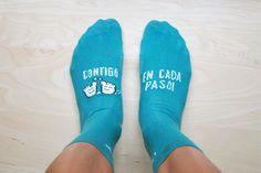 """Calcetines """"Contigo en cada paso"""" latiendadeuo.com"""
