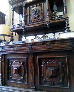 Antique Bavarian buffet http://diachronico.gr