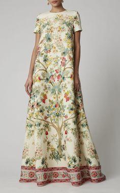 Floral-Print Wool-Twill Maxi Dress by Oscar de la Renta Style Couture, Couture Fashion, Women's Fashion, Fashion Trends, Floral Dress Outfits, Fashion Dresses, Moda Vintage, Retro Vintage, Batik Dress