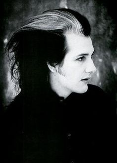 Before Johnny Depp's Sweeney Todd, there was Dave Vanian.  This is the source material, folks.