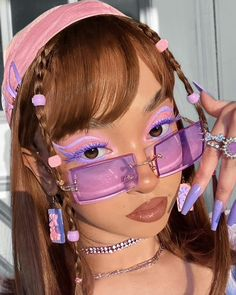 lookin' at those sale prices like 👁️👄👁️✨25% OFF SITE WIDE SALE HAPPENING NOW! 🌸#springsale - wearing the cloud spun palette 💖$10.50 on sale now! - @aafrrin Free Photo Collage Maker, Collage Photo Editor, Lindsay Lohan, Paris Hilton, Britney Spears, Juicy Couture, Crop Pictures, Pastel Makeup, Plouise Makeup Academy