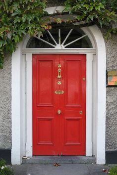 Ennis, Ireland   by garryoakhill