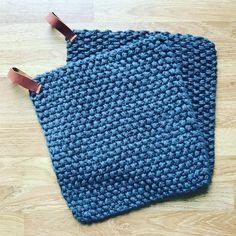Baby Knitting Patterns, Free Knitting, Crochet Patterns, Drops Design, Crochet Cardigan Pattern, Barbie Patterns, Knitting For Beginners, Easy Crochet, Jumpers