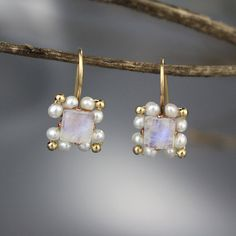 Moonstone Pearl Bridesmaid Earrings, Moonstone Earrings, Moonstone Birthstone, Bridesmaid Jewelry, Gemstone Earrings, Square Earrings, Gifts  An especially unique design, these handmade Victoria earrings are set with a beautifully iridescent and striking rainbow moonstone gemstone at the