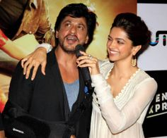 Shahrukh Khan and Deepika Padukone - Chennai Express trailer launch 2013