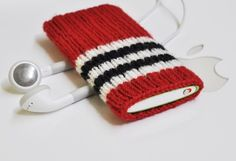 so cute. new ipod cover? someone make this for me !! biggest blackhawks fan. RIGHT HERE! #Blackhawks