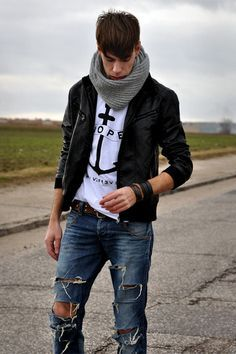 Ripped Jeans!
