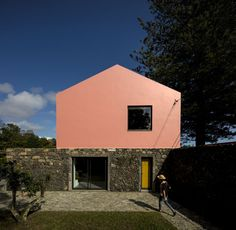 Gallery of Pink House / Mezzo Atelier - 1
