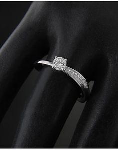 Μονόπετρο λευκόχρυσο Κ18 με Διαμάντι