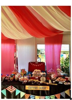 Circus theme tent decoration made out of plastic table oblong covers to match the candy bar Carnival Decorations, Carnival Themes, Circus Theme, Circus Party, Diy Party Decorations, Halloween Decorations, Halloween Party, Gold Bar Cart, Trendy Bar