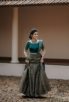 Gown Party Wear, Party Wear Indian Dresses, Indian Wedding Gowns, Indian Bridal Sarees, Designer Party Wear Dresses, Indian Gowns Dresses, Indian Bridal Outfits, Indian Bridal Fashion, Indian Fashion Dresses