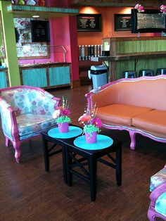 I've always wanted to have an old fashioned malt shop set up in our home just for fun! Love the design at one of our local frozen yogurt shops!