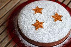 Εύκολη συνταγή για την κλασική βασιλόπιτα | Infokids.gr Xmas Food, Christmas Sweets, Christmas Baking, Christmas Time, Chocolate Sweets, Love Chocolate, Vasilopita Cake, Greek Cake, Santa Cake