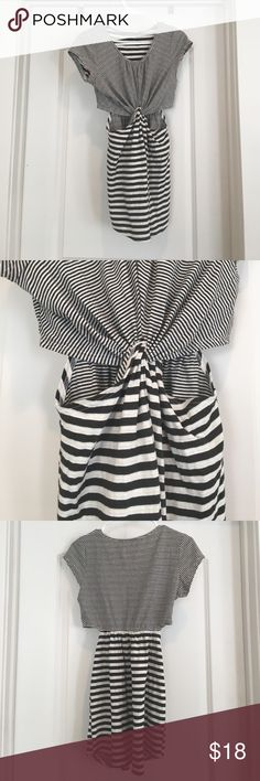 Cut-out striped dress Cute striped dress with front/side cut outs! Good condition. Tag says medium but it fits like a small. Ark & Co Dresses Mini