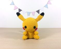 Sorry Ash, but we know who the real star here is. This week was super busy with University projects and orders, so I'm couple of days late with this week's pattern, sorry! But it's finally time for Pikachu to make an appearance! The tail was a bit...