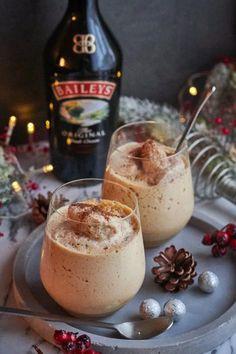 Baileyses madártej | Sütigolyó Desserts In A Glass, Sweet Desserts, Latte Recipe, Hungarian Recipes, Creative Cakes, Coffee Recipes, Yummy Drinks, Street Food, Cake Recipes