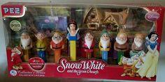 Disney Snow White and the Seven Dwarfs Collectors Series Ltd Edition Pez Disp