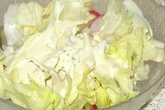 Garlic – Schmand – Dressing – A very nice recipe Chefkoch.de Garlic – Schmand – Dressing – A very nice recipe Chefkoch. Healthy Burger Recipes, Vegetarian Recipes, Easy Homemade Burgers, A Food, Food And Drink, Kneading Dough, Salad Dressing Recipes, Couscous, Sour Cream