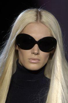 Romina Lanaro @ Versace F/W 2006-07, Milan
