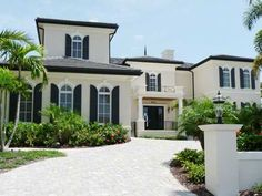 Stylish home: Black and white house exteriors