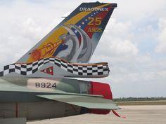 https://flic.kr/p/5Cmmt1   Força Aérea Venezuela - F16 Falcon   Detalhe da pintura comemorativa do esquadrão.