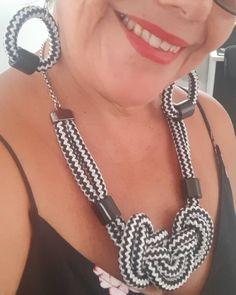 #colardecordas #bijuterias #nódecordas Bohemian Necklace, Rope Necklace, Jewelry Art, Jewlery, Leather Jewelry, Collar, Diy And Crafts, Creations, Instagram
