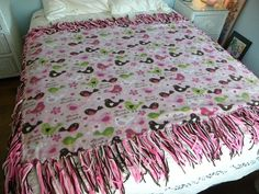 Patchwork no sew blanket i made for my niece cut 12 squares out of fleece blanket with stringy ends different way instead of knot tie ends ccuart Images