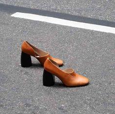 #GerryStyle F-W 2016-17 Hootie de #Mango es un calzado híbrido entre un botín y unos zapatos de tacón en piel de becerro. #MangoHootie