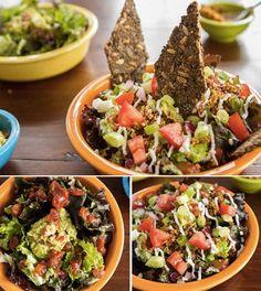 Geschichteter Taco-Rohkost-Salat für zwei