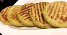 Fabulosa receta para Arepas de plátano. Pancakes, Recipies, Breakfast, Ethnic Recipes, Food, Homemade Recipe, Chef Hats, Eating Clean, Homemade