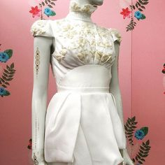 How awesome is the #tattoo on this #mannequin styled by @ulricaknutsdotter? #visualmerchandisers #visualmerchandising #VM #VMCentral #capetown #woodstock