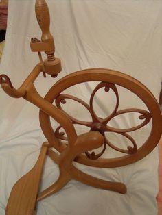 Derek Astley spinning wheel.  See https://www.facebook.com/thewonderofwoollies/posts/1474461255898323   For some info.