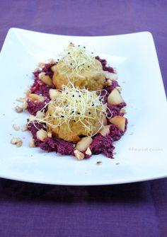 http://www.glutenfreetravelandliving.it/sformatini-di-porri-e-noci-su-letto-di-radicchio-con-mela-e-zenzero/