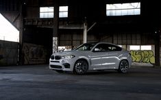 Download wallpapers BMW X6M, 2017, sports SUV, tuning, German cars, White X6, F86, LED, BMW