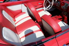 1959 Ford Thunderbird. As shown at the July 2014 Leander Car Show in Leander TX USA.
