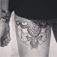Cet été, c'est LE revival du tatouage mandala. Ce tattoo au style oriental qui fleurit sur les réseaux sociaux marque donc son grand...