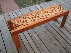 DIY Recycled Pallet bench is a first-rate idea to be positioned in the lawn so that you can sit on it and enjoy the weather. You may make the pallet bench Pallet Bench, Wooden Pallet Furniture, Diy Furniture Projects, Diy Pallet Projects, Wooden Pallets, Wooden Diy, Wooden Benches, Pallet Ideas, Outdoor Bench Table