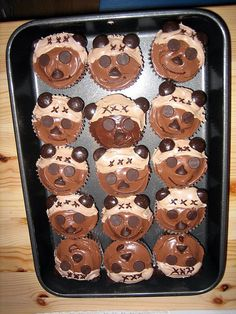 Those who don't believe ewoks matter need to eat these cupcakes...they matter