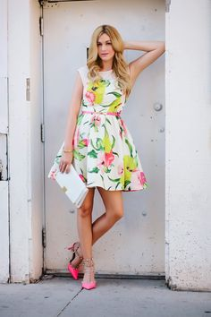 floral dress #loveit #ootd www.alittledashofdarling.com