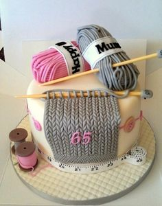 www.facebook.com/cakecoachonline - sharing... This has to be one of the most intricate knitting cakes I've ever seen.