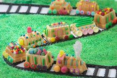 Holiday Train, Christmas Train, Christmas Candy, Christmas Tables, Christmas Baking, Mini Cake Pans, Mini Cakes, Baby Showers, Choo Choo Train