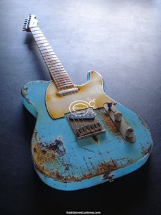 Tele. What a beautiful battle worn axe