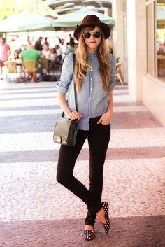 skinny jeans polka dot loafers