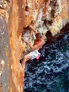 Mallorca Deep Water Soloing (Psicobloc) Before I Die, Deep Water, Soloing, Rock Climbing, Destinations, Scenery, Bucket, Places, Projects