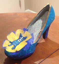 Confessions of a glitter addict: Blue Dog Shoe