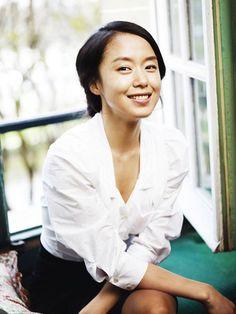 Jeon Do-yeon in contention to head The Good Wife remake » Dramabeans Korean drama recaps